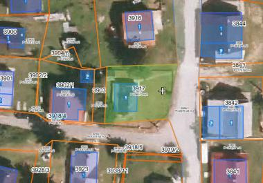Land in center of Zhablyak for building a house for 6-8 apartments