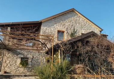 3 floors stone house 4km next to Podgorica with good view