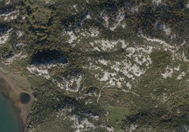 Plot of land for construction of resort on Skadar lake